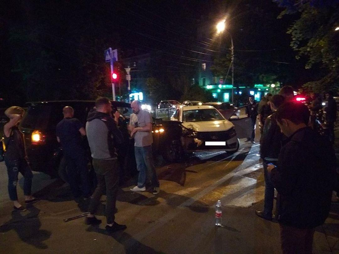 Экстренные службы: коллеги Филиппа Киркорова попали в ДТП в Ставрополе