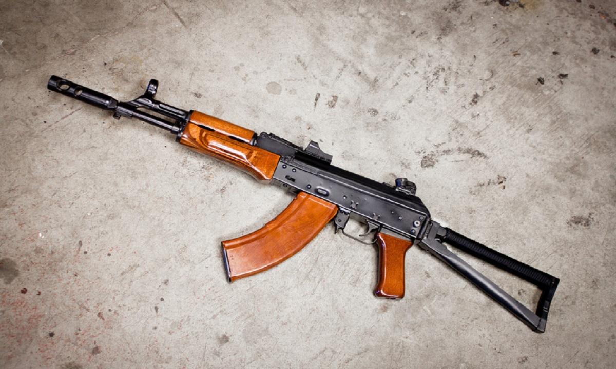 Срок и штраф получил дагестанец, хранивший оружие «лесных братьев»
