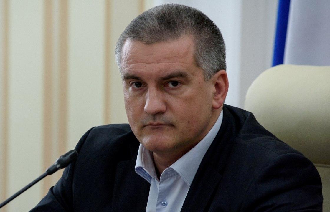 Аксенов лично проверит, как в Симферополе ходят автобусы