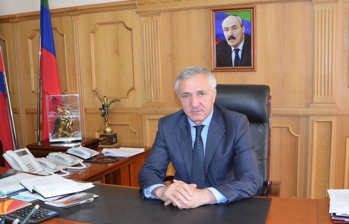 Экс-министр образования Дагестана задержан в рамках дела о хищении