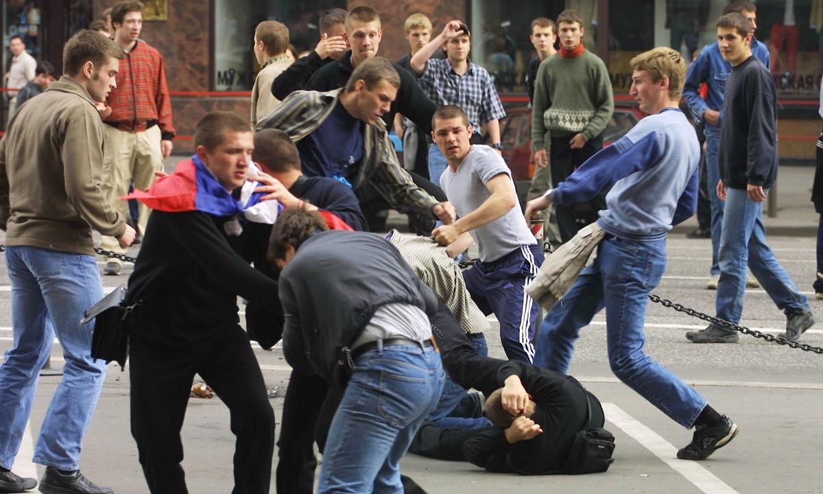 Отказ продавца отпустить товары в долг стал причиной массовой драки в Сочи