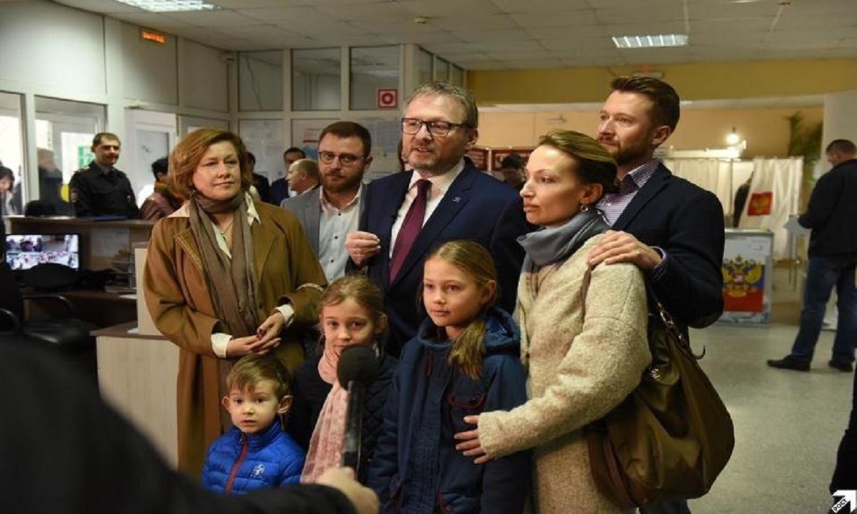 Один из кандидатов в президенты проголосовал на Кубани