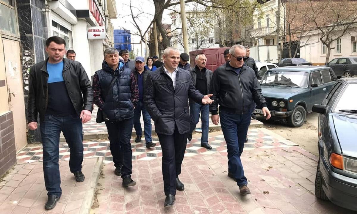 Вернуть тротуары пешеходам пообещал вице-премьер Дагестана