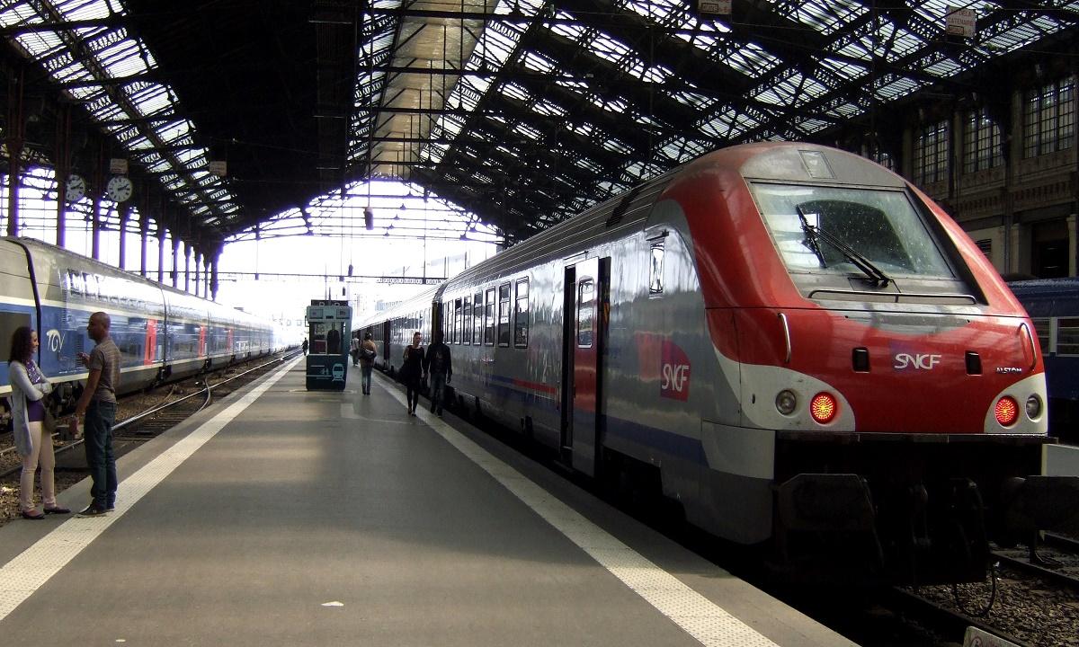 Два года грозит жительнице Сочи, торговавшей спиртным на вокзале