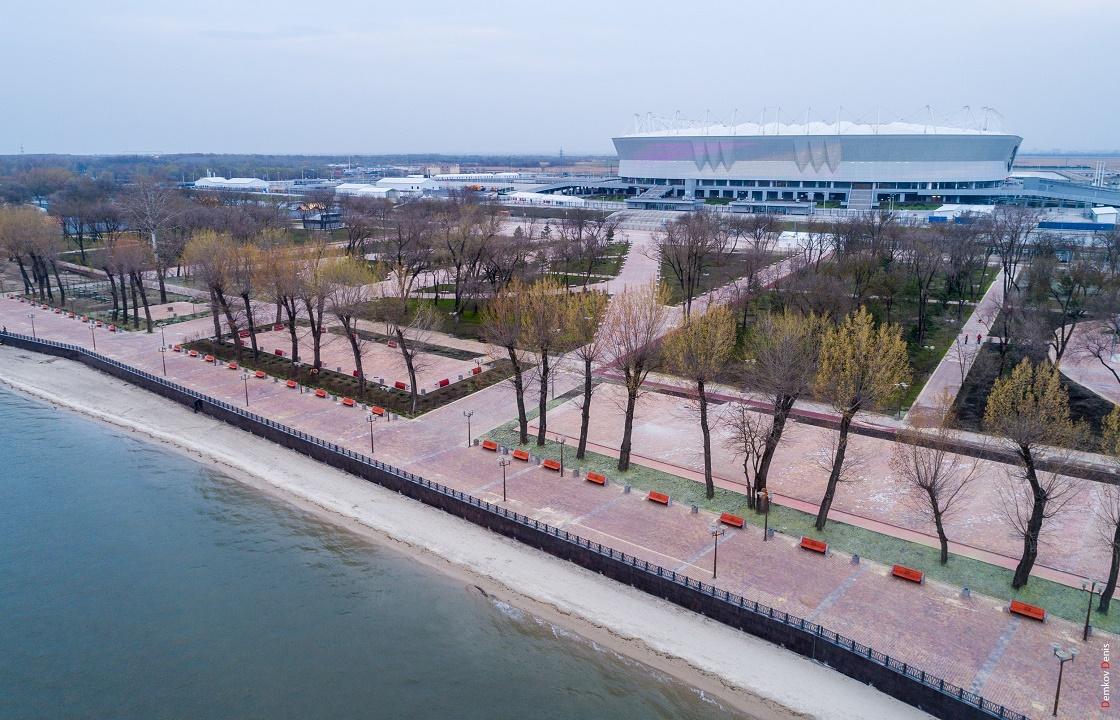 «Бесконечные поля плитки» - Варламов оценил парк рядом с «Ростов-Ареной»