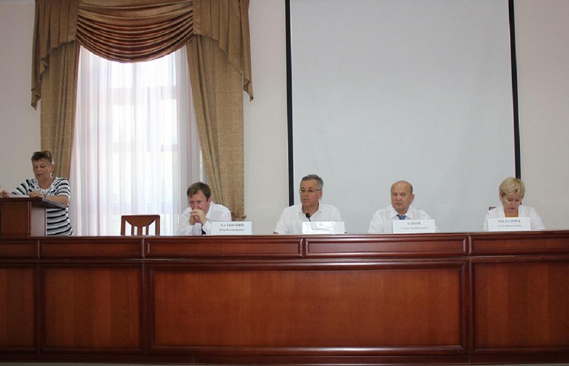 Жители Ейского района пожаловались губернаторскому СПЧ на плохие дороги и перебои в ЖКХ