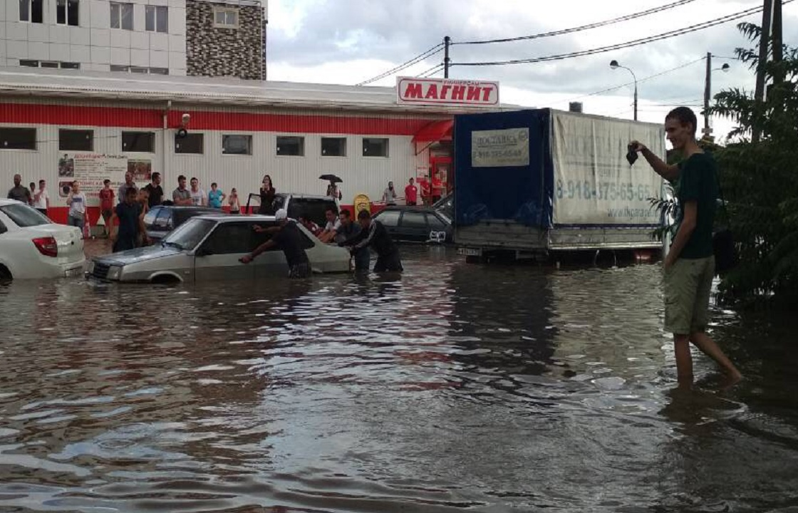 Мэрия Краснодара назвала самые подтопленные ливнем участки города