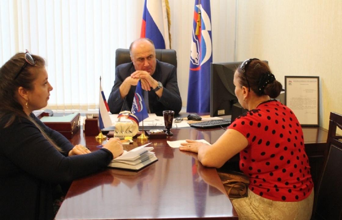 Сколько руководитель бюро МСЭ Дагестана заработал на «липовых» справках? Подробности