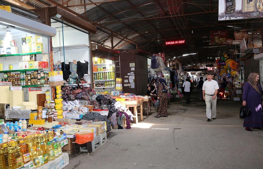 Ситуация с рынками Хасавюрта и Махачкалы возмутила Артема Здунова