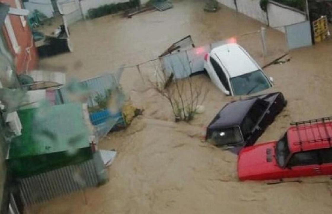 Более двух тысяч домов подтоплены ливнями в Краснодарском крае
