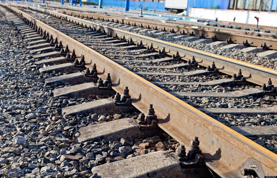 15 поездов не могут проехать в Сочи из-за подтопления железной дороги
