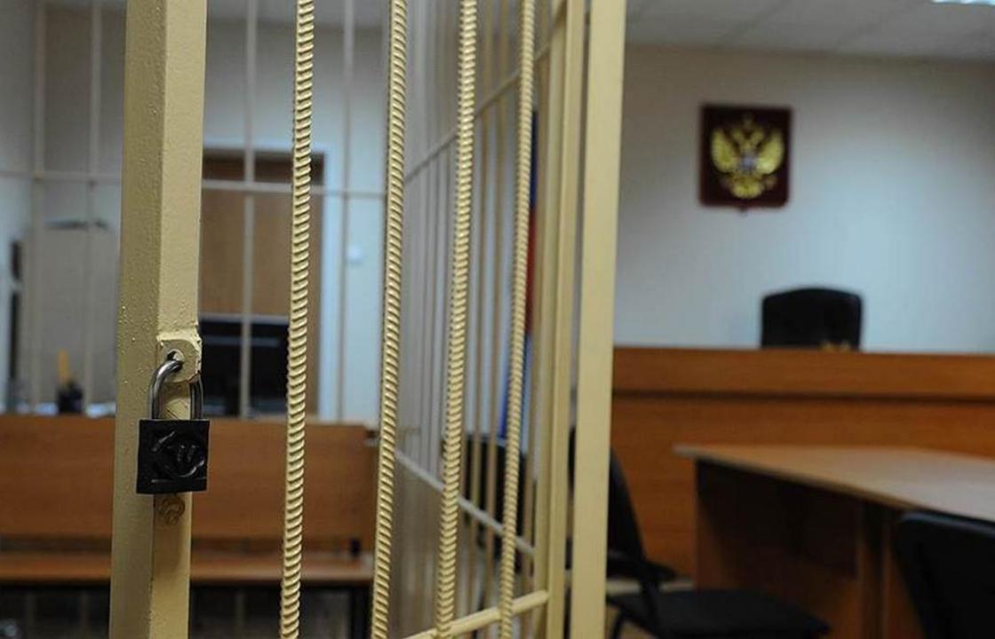 Два педофила-насильника предстанут перед судом в Астрахани