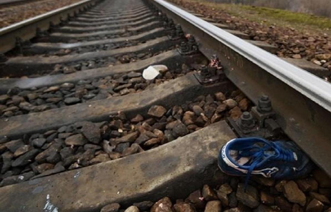 Поезд «Ростов-Туапсе» сбил в Краснодаре 21-летнюю девушку