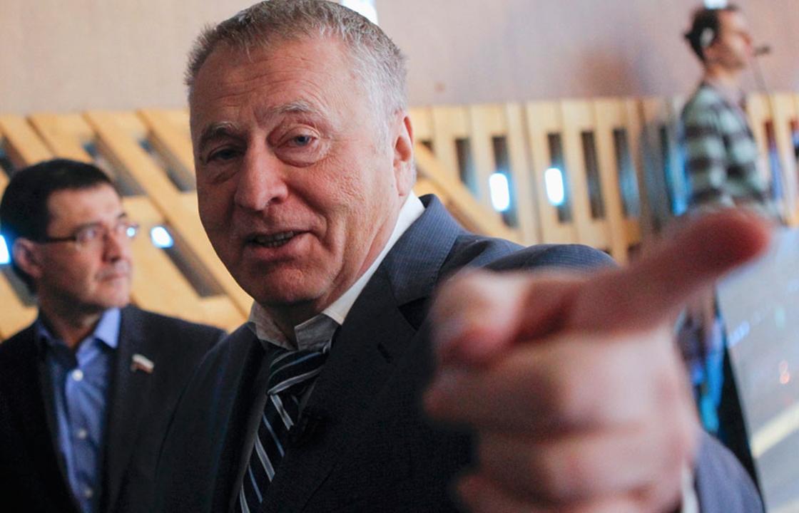 Жириновский поставил волгоградских полицейских в пример всем правоохранителям