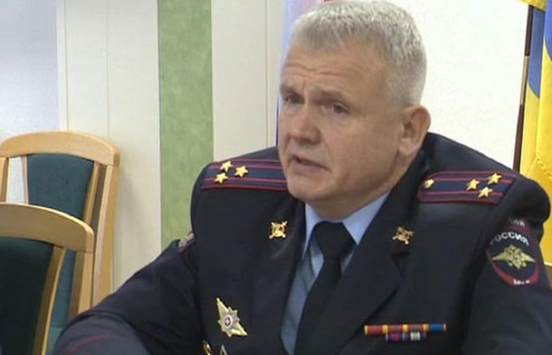 Избившие снимавшего их на телефон полицейские из Калмыкии получили условный срок