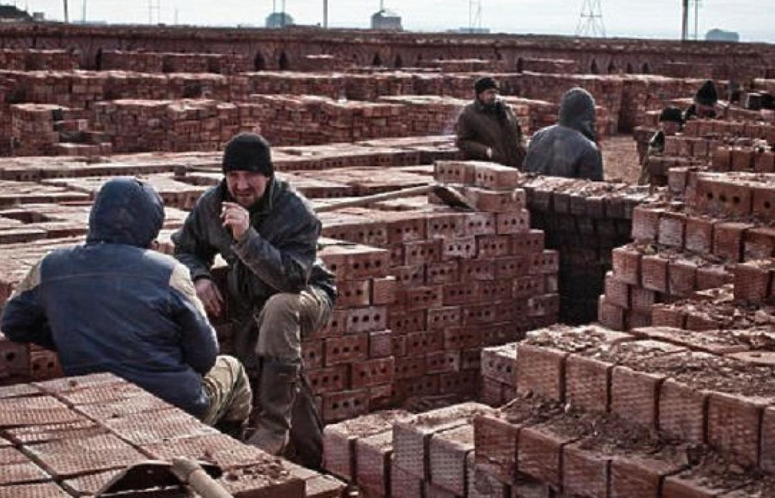Приехавший в Москву на заработки столяр два года пробыл рабом в Дагестане. Видео