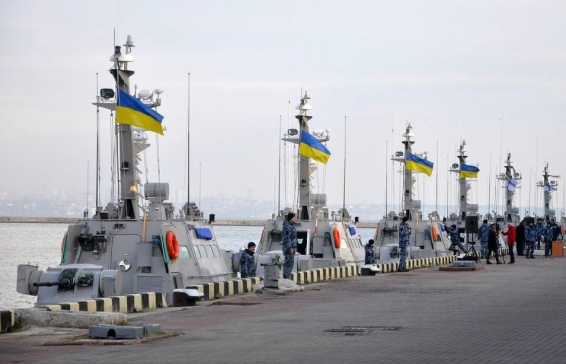 Проход ВМС Украины через Керченский пролив отложили до лучших времен