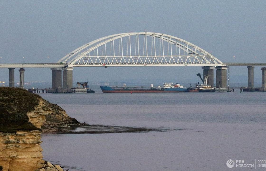 Экипаж задержанного на Украине танкера отправляется на родину – судовладелец