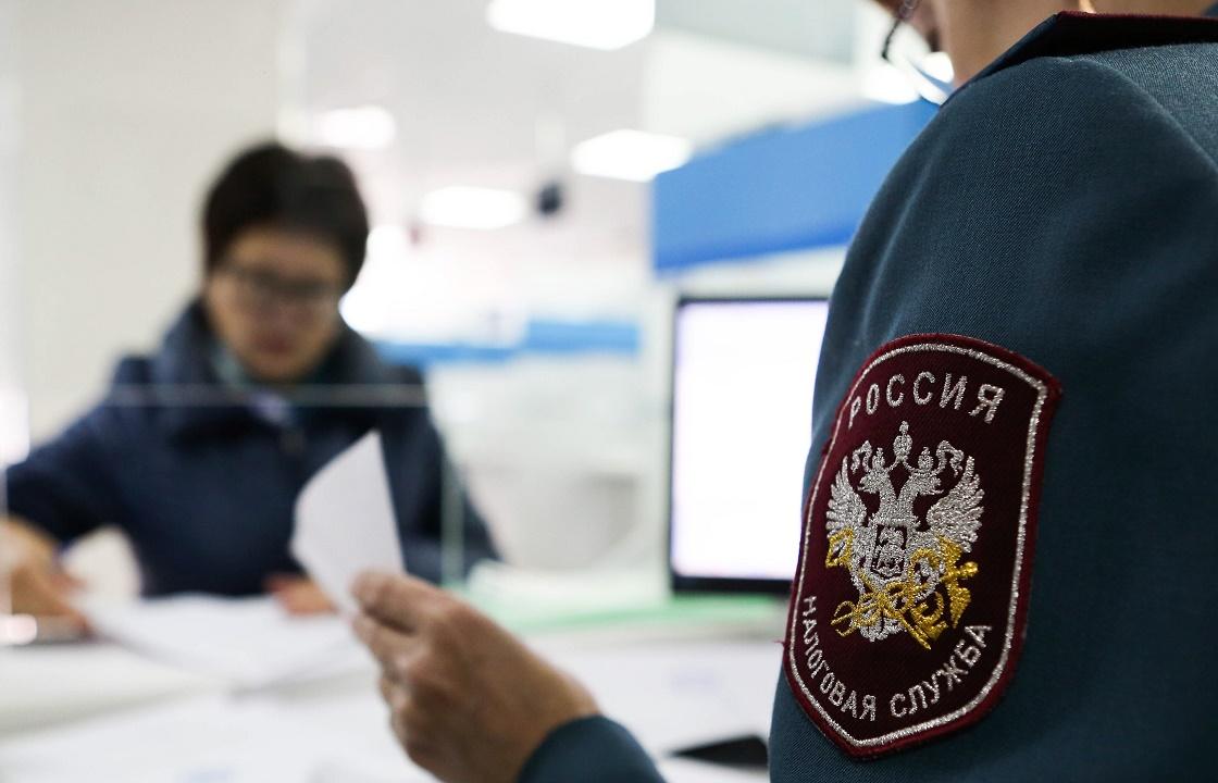 Начальника налоговой службы из Ростова поймали на полумиллионной взятке