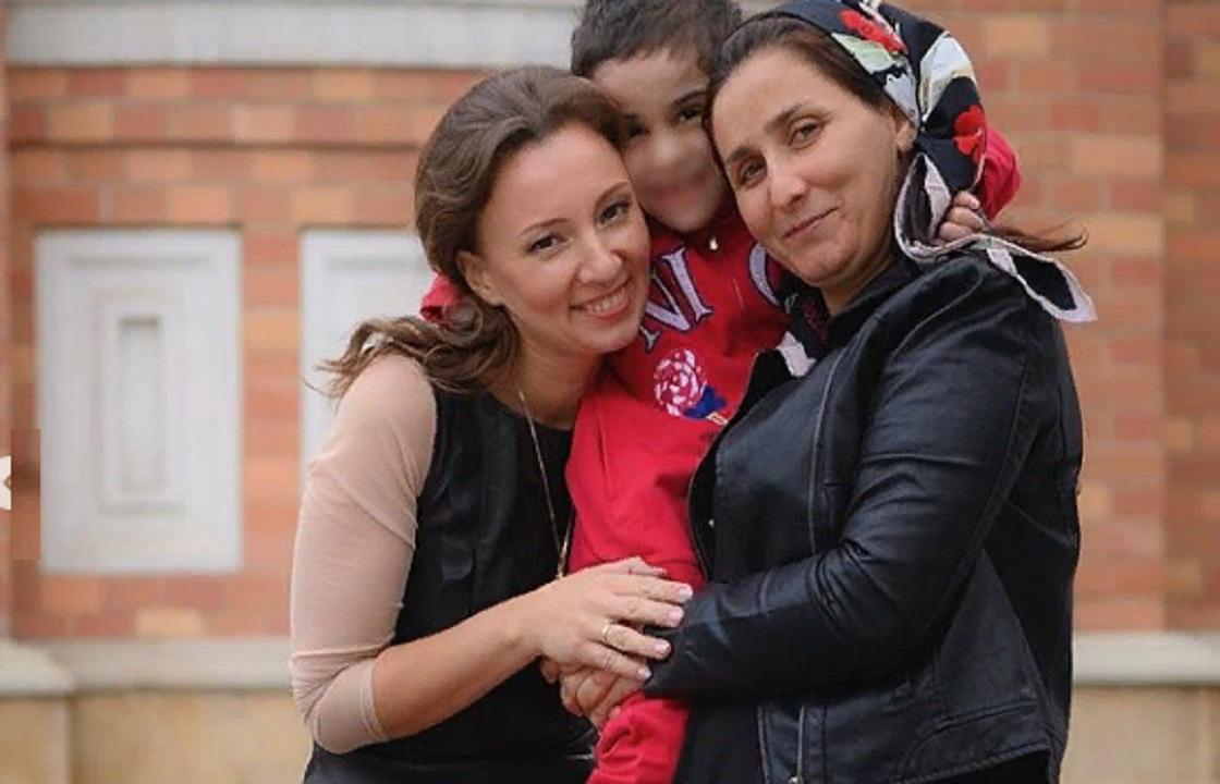 «Все плакали» - Аиша из Ингушетии встретилась с мамой. Фото