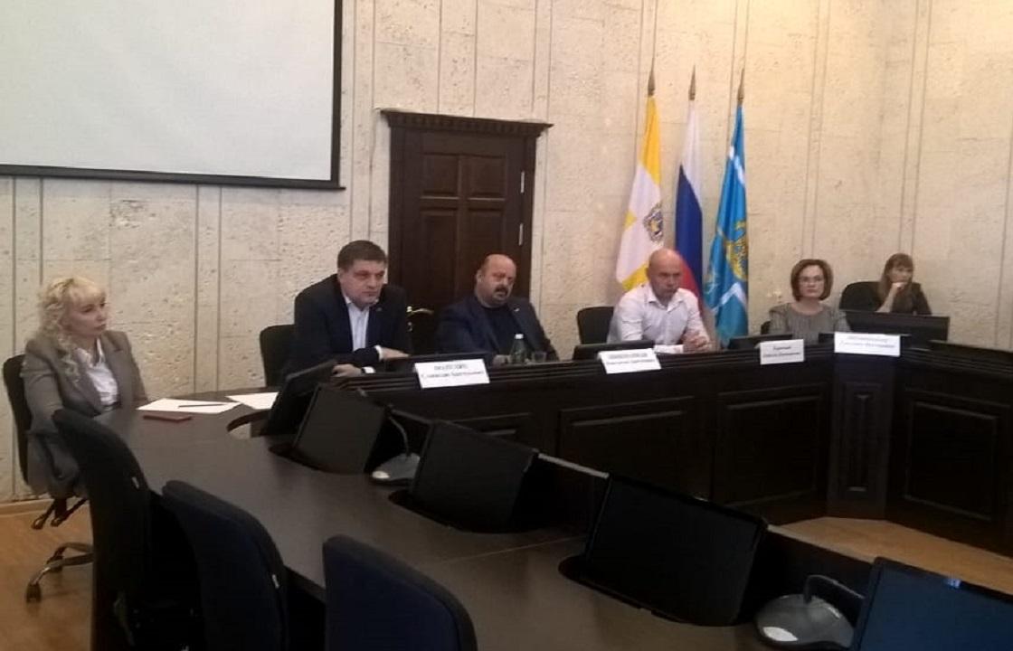 «Будете выгонять людей – буду выгонять вас» - губернатор Владимиров уволил чиновника за хамство