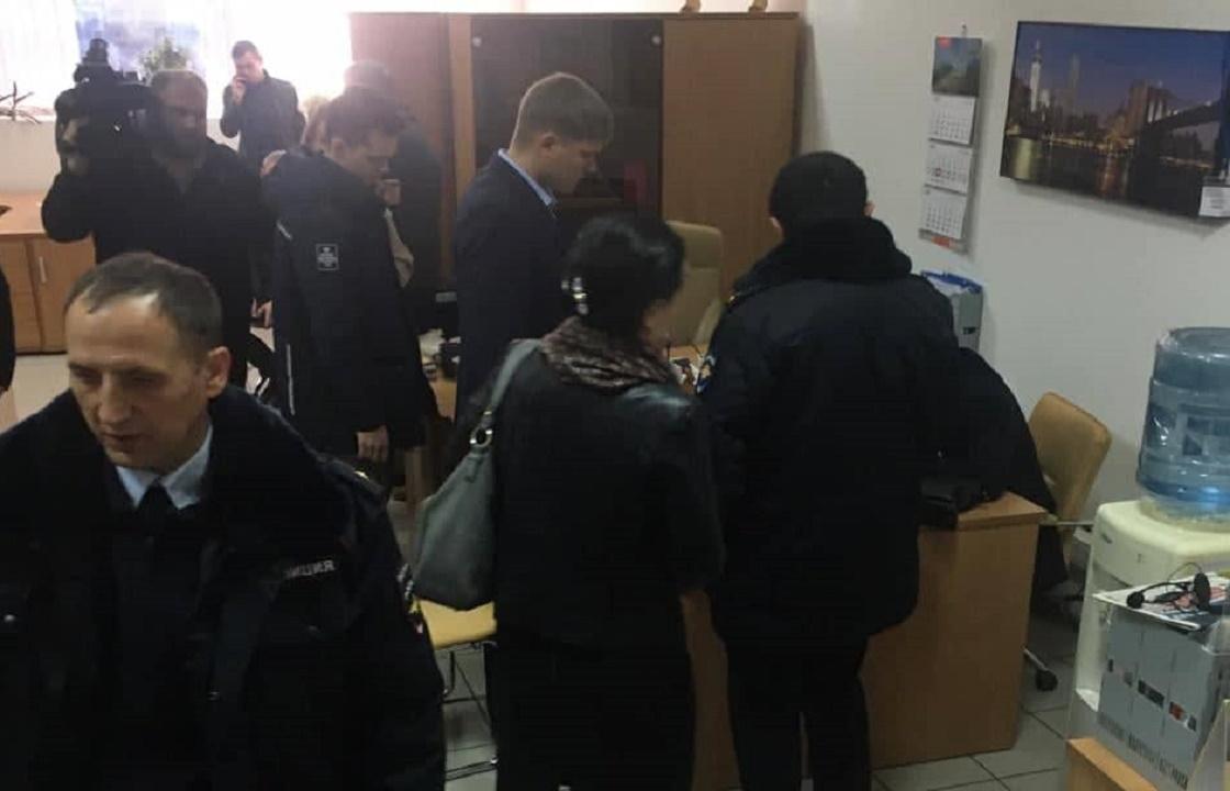 В отношении проводивших обыск в редакции «Юг Times» ростовских полицейских начата проверка