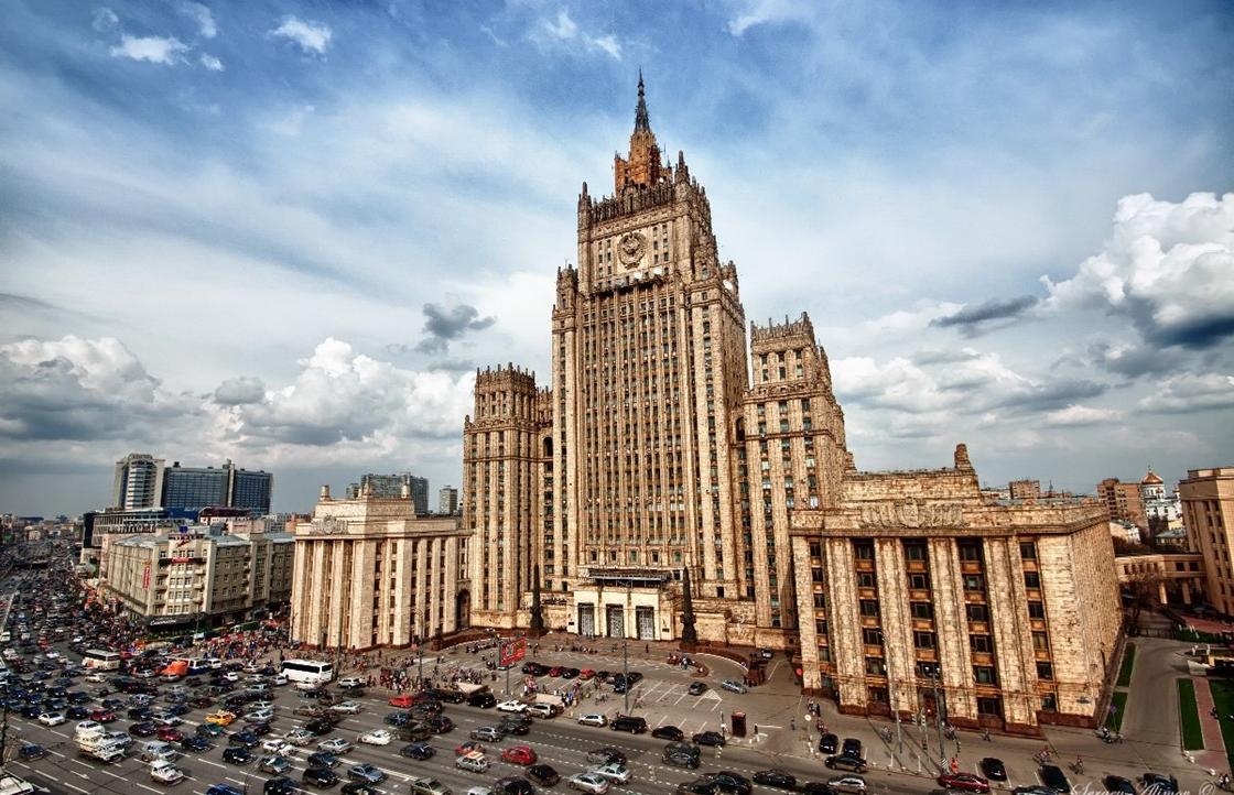 Немецкий посол приехал в МИД России услышать меры на высылку дипломатов. Видео