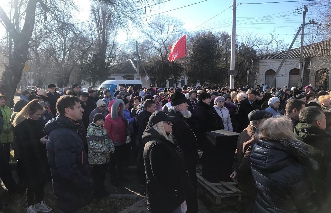 Мэр Невинномысска: выступающие против химзавода хотят развалить город