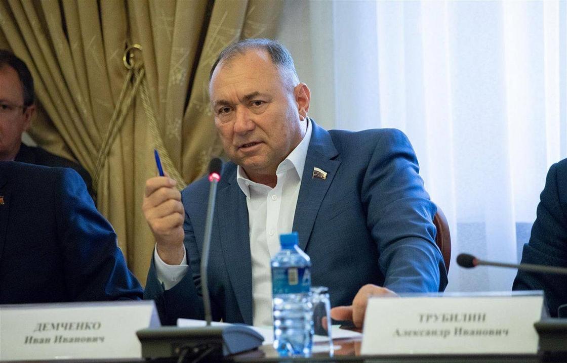Депутат Госдумы рассмотрел обращения кубанцев, поступившие в приемную