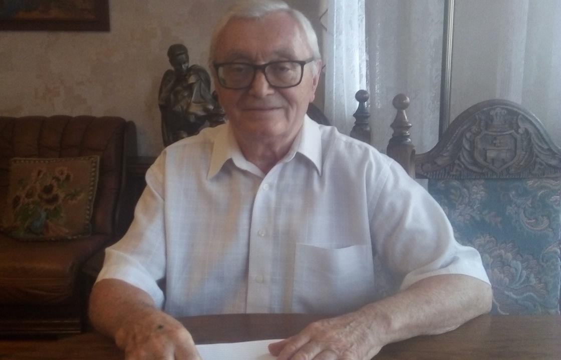 Первый главный судебный пристав Кубани отметил 80-летие