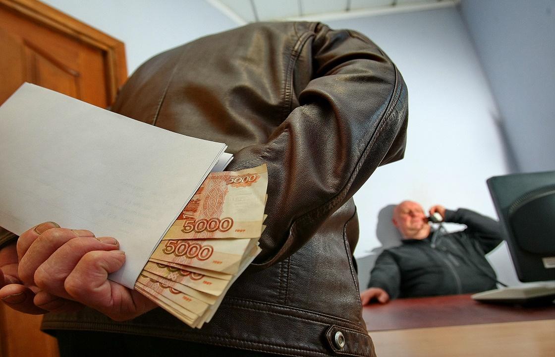 Чиновник из Чечни попался на «откатах» на 77 млн рублей