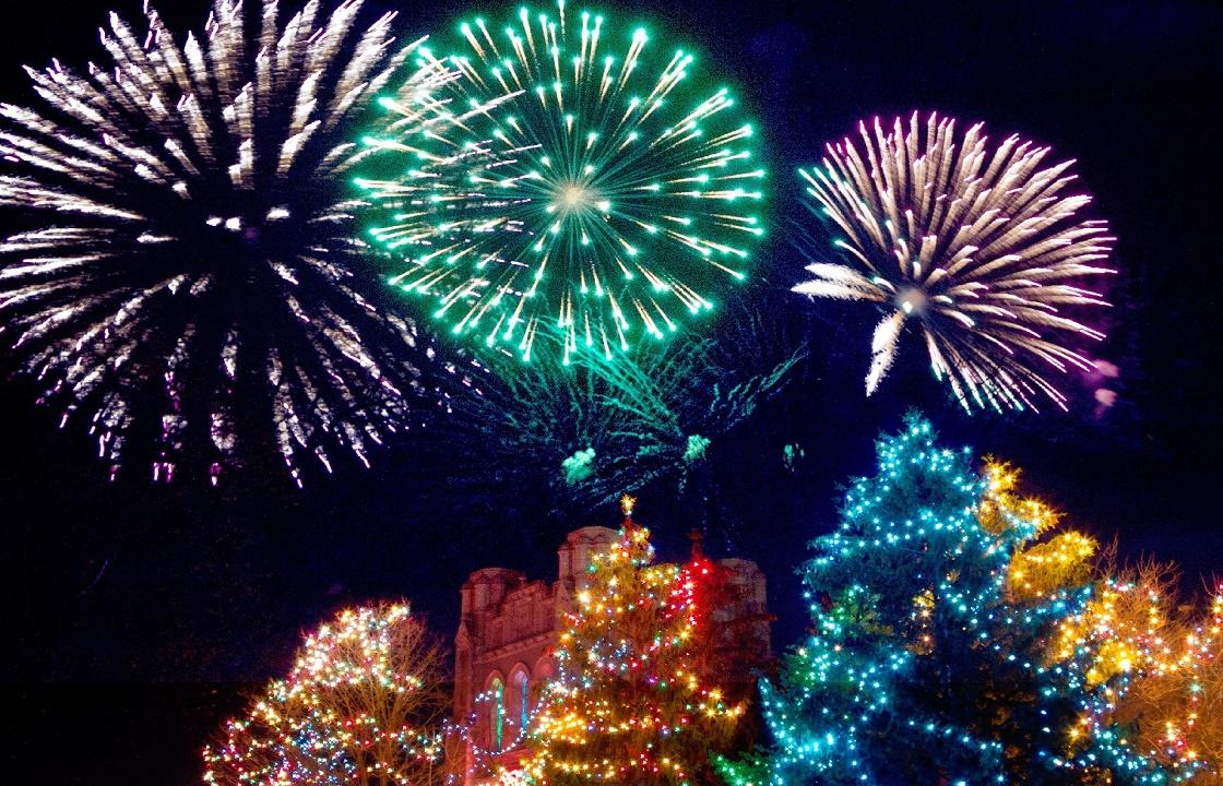 Из-за COVID-19 в Ростовской области ограничили новогодние фейерверки
