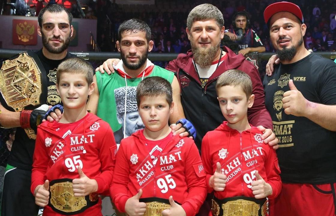 В честь 15-летнего сына Кадырова построили спорткомплекс за 95 млн
