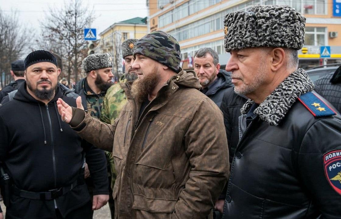 Кадыров побывал на месте теракта в Грозном и рассказал его подробности