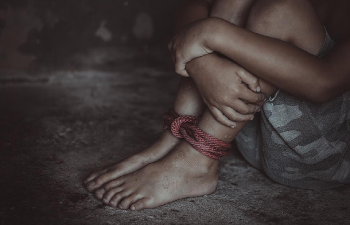 Державший ребенка на привязи житель Калмыкии получил 4 года