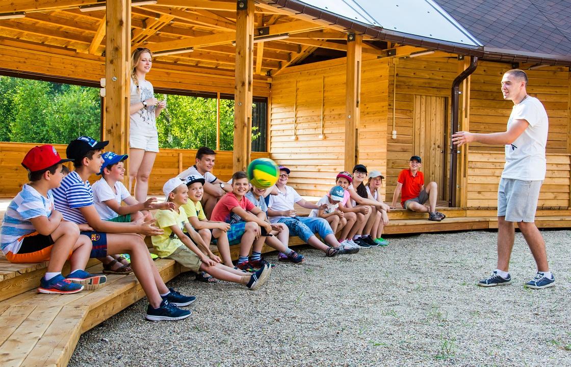 В детском лагере Волгограда умерла школьница