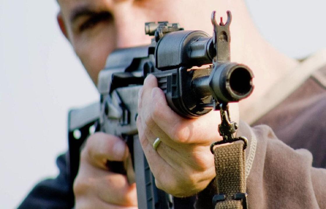 «Прошу извинения перед людьми и детьми»: в Ставрополе мужчина стрелял из автомата