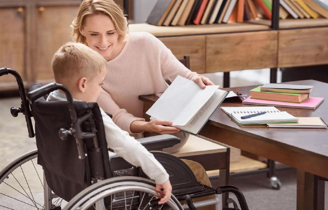 Чиновники Симферополя отказали в досрочной пенсии матери ребенка-инвалида