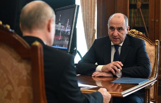 Путин принял в Кремле главу Карачаево-Черкесии. Главное