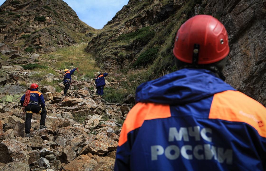 Турист погиб под камнепадом в Кабардино-Балкарии. Подробности