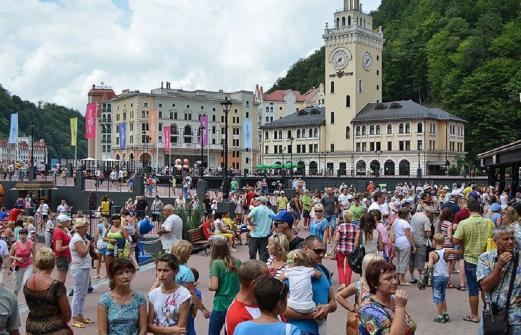 На 67% выросло число туристов, прилетевших этим летом на курорты Краснодарского края