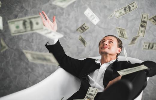 Названо число долларовых миллионеров в Краснодаре и Ростове