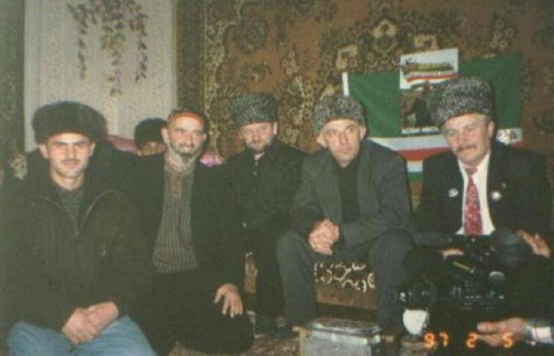 «Подорви себя в центре Грозного»: Кадыров обратился к сыну главы Ичкерии*