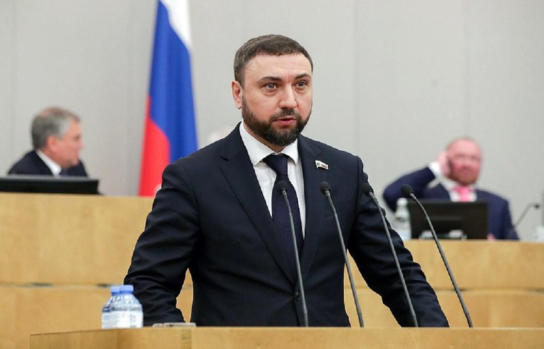 Депутат Госдумы от Чечни предложил круглосуточный контроль над гастарбайтерами